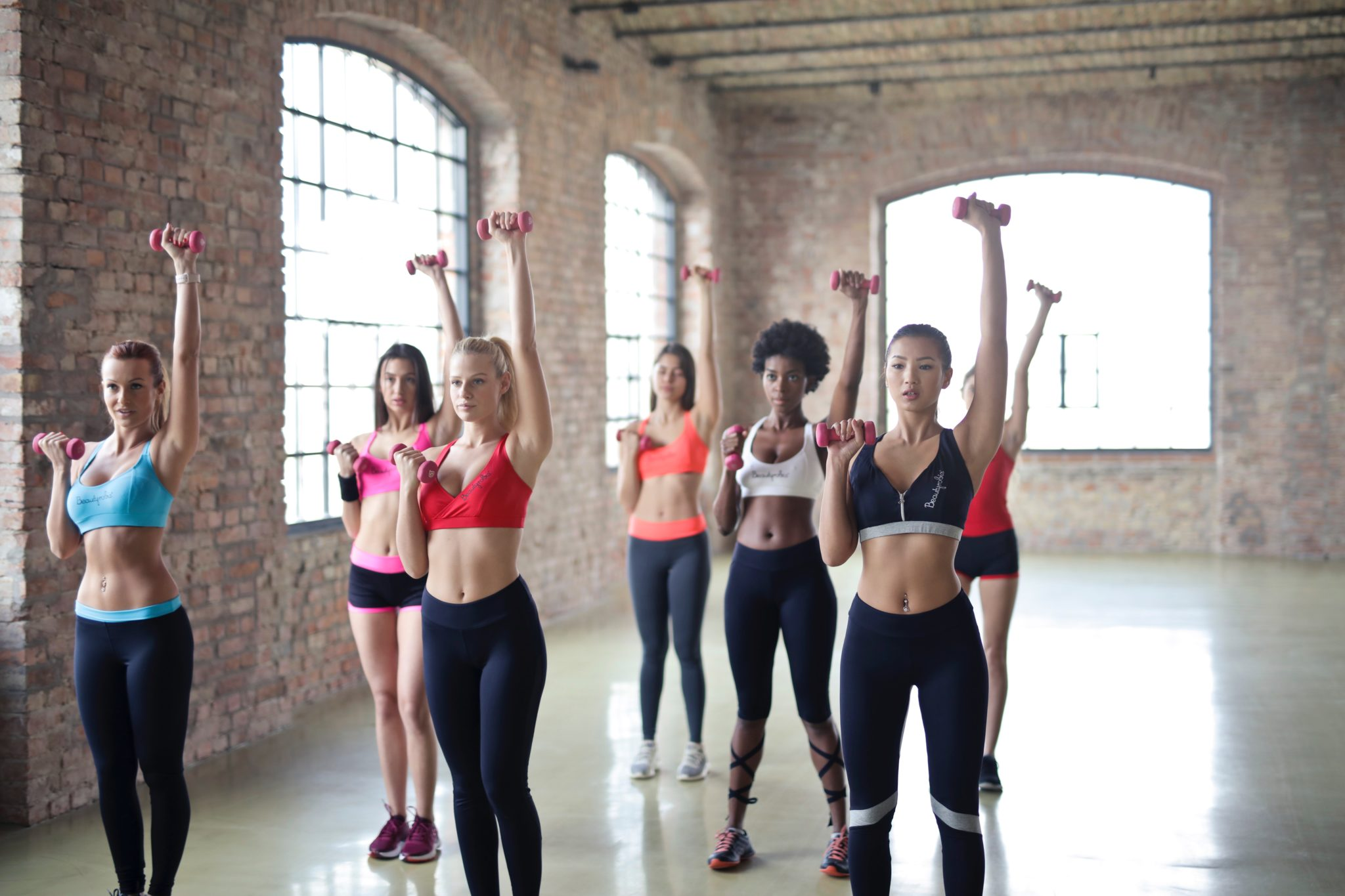 Guest Blog: 6 Reasons Why Group Fitness Is Great For You!